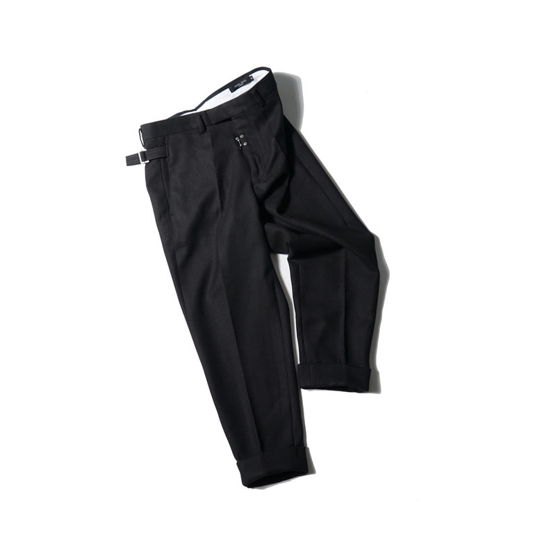 DEFENDER Turn up Trousers(Black)